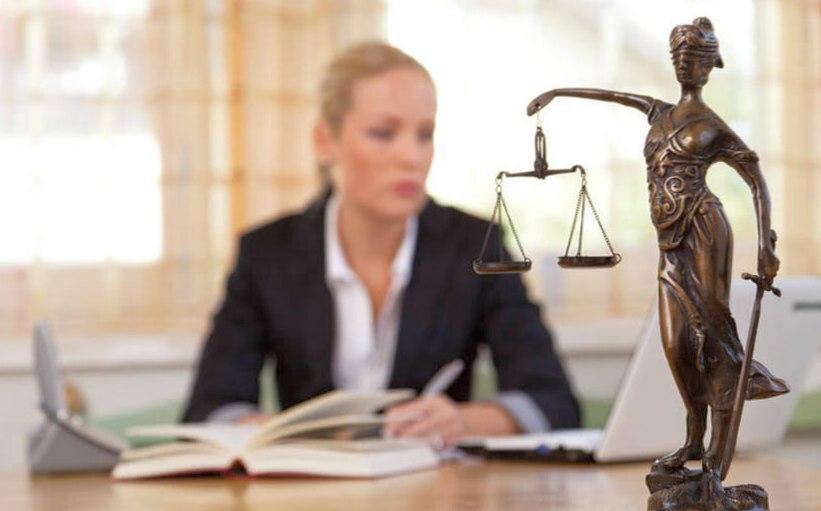 Как подается иск в суд?
