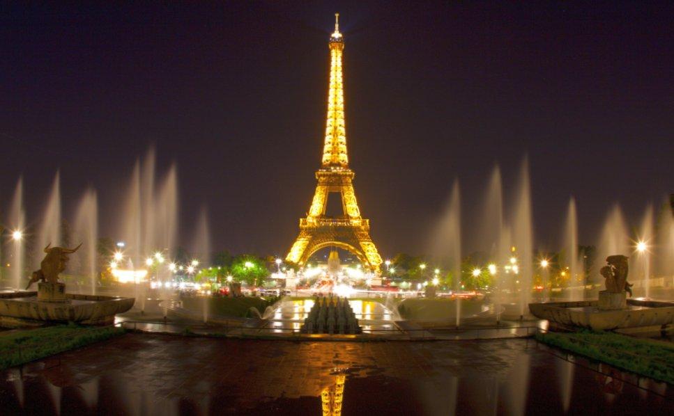 Гид в Париже. Кто с этим поможет?