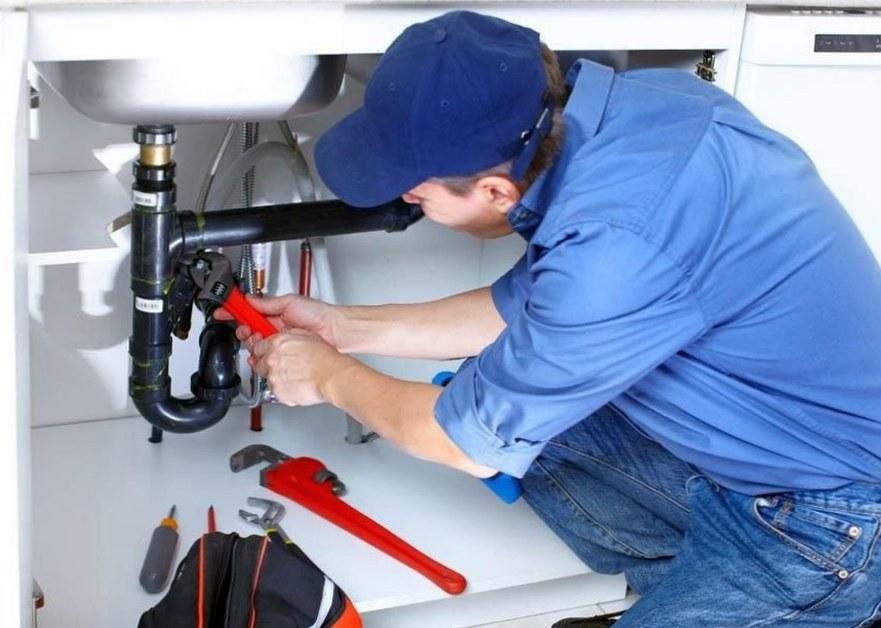 Как вызвать электрика или сантехника на дом?